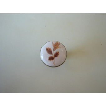 Porcelán barnavirág gomb